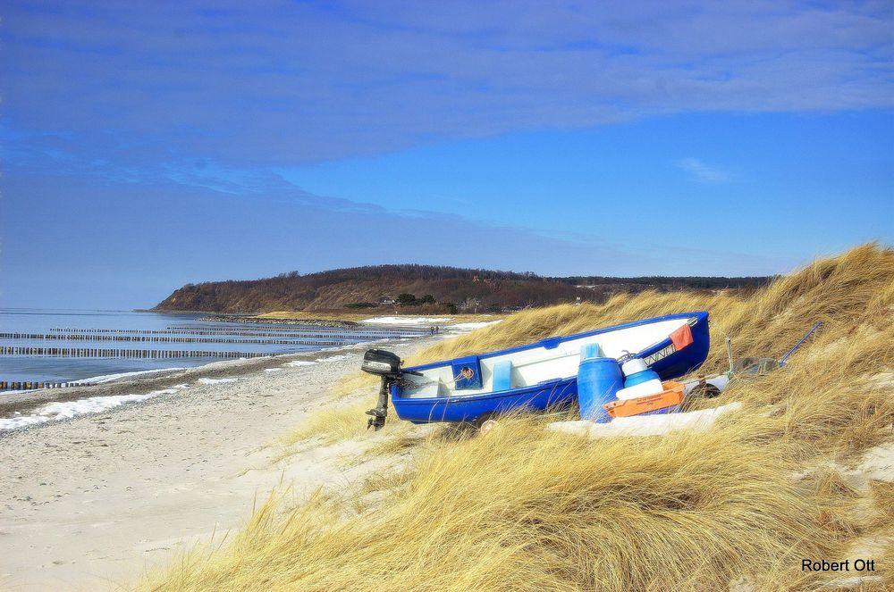 Strand nach dem Winter