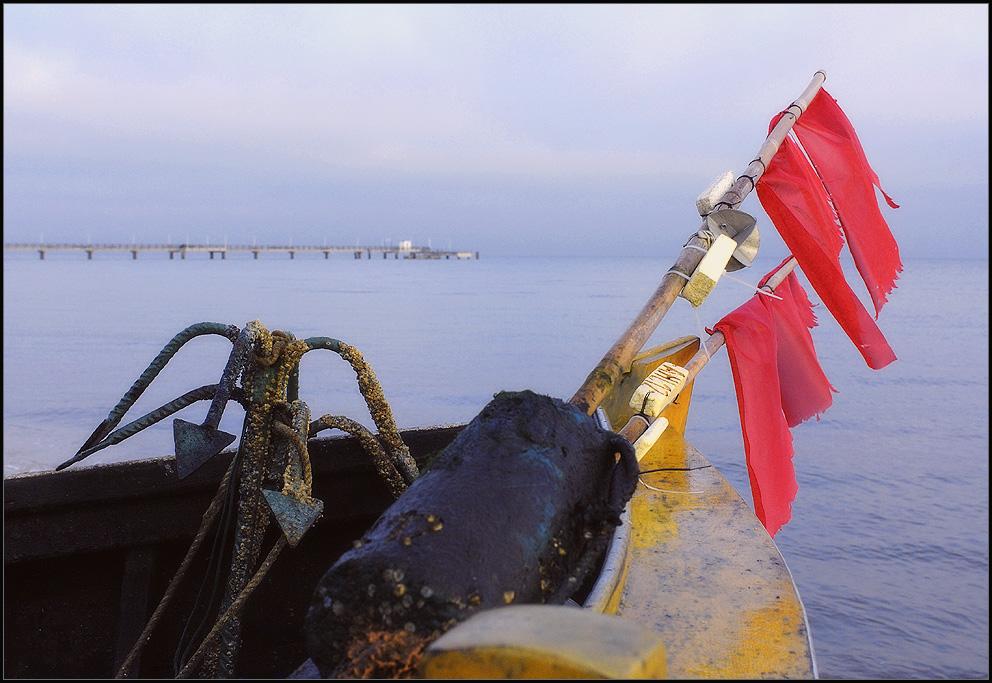 strandfischerboot an land