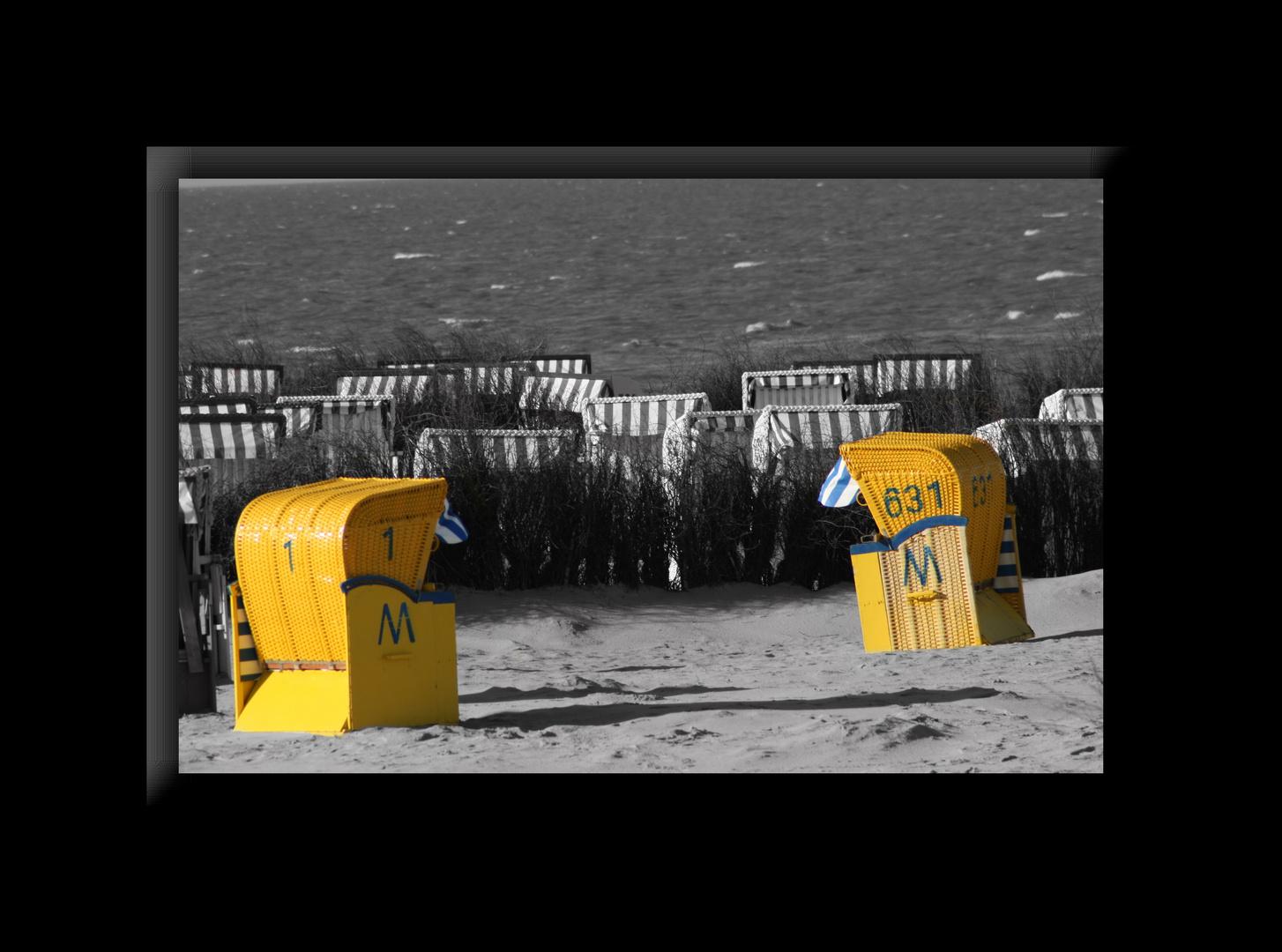 Strandkorb in Gelb