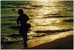 Strandspaziergang am Abend