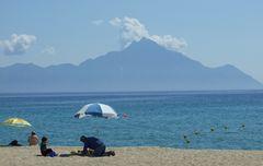 Strandszene vor dem heiligen Berg