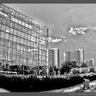 Straßburger Platz mit Gläserner Manufaktur
