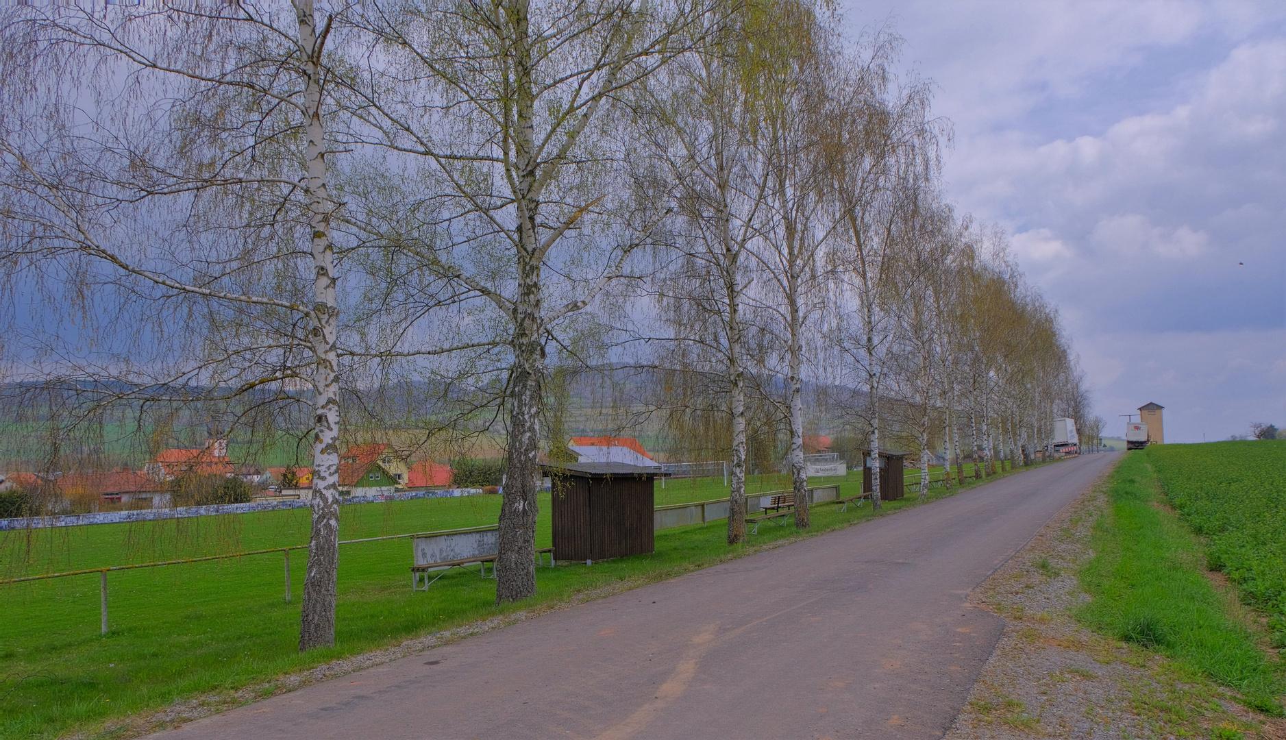 Straße am Sportplatz (calle al lado del campo de deportes)