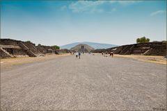 """Straße der Toten """"Teotihuacan"""""""
