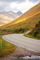 Straße in den Highlands