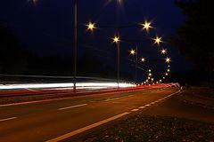 Straßen bei Nacht