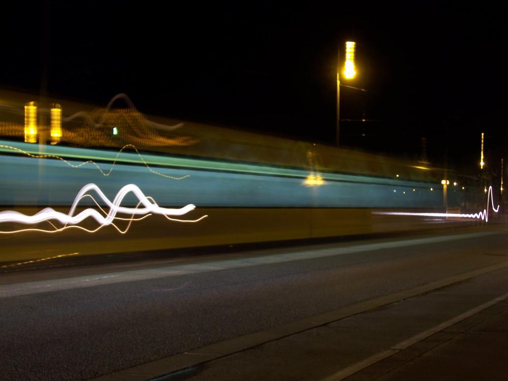 Straßenbahn Lichtgeschwindigkeit