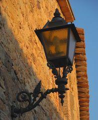 Straßenbeleuchtung # Iluminación callejera
