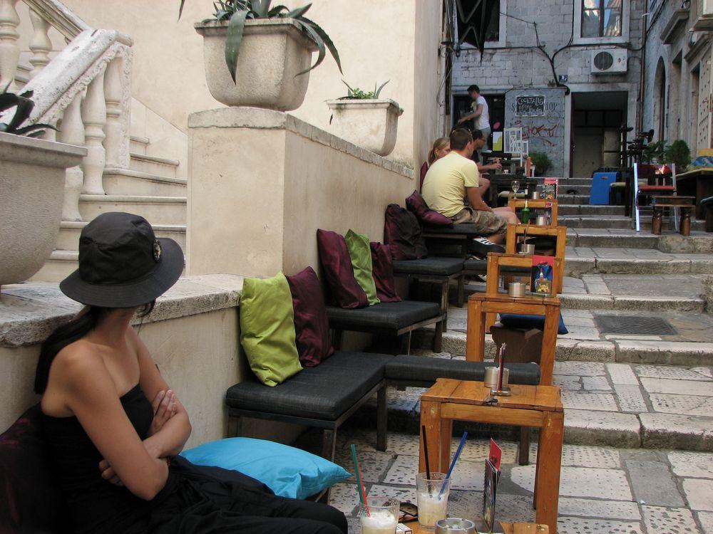 Straßencafé in Split