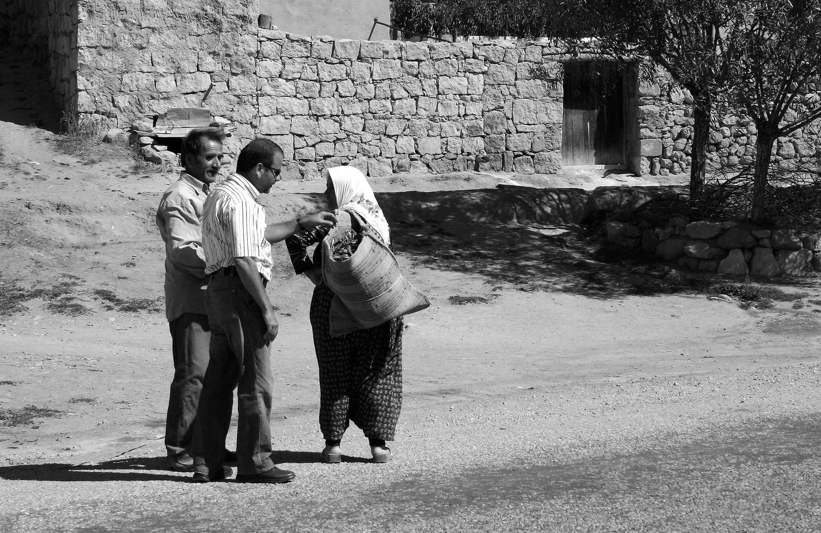 Strassengespräche in Anatolien