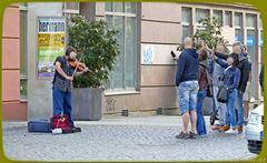 Strassenmusik  ..