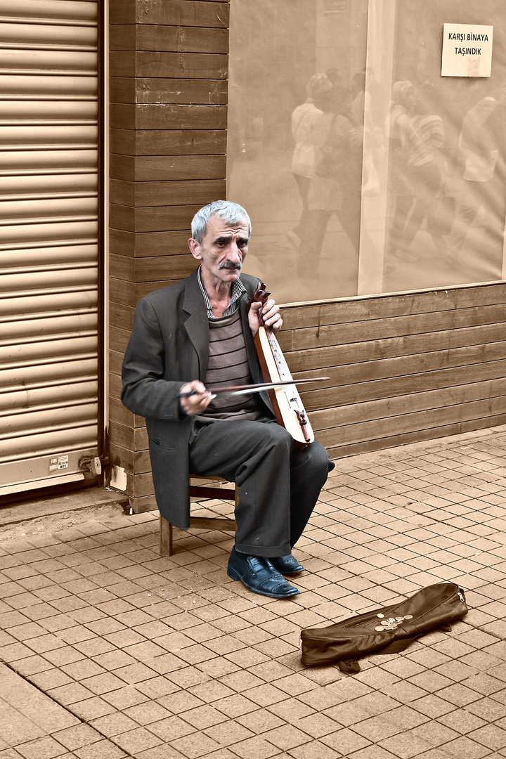 Strassenmusikant in Istanbul