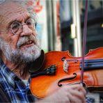 Straßenmusiker ... zu Köln