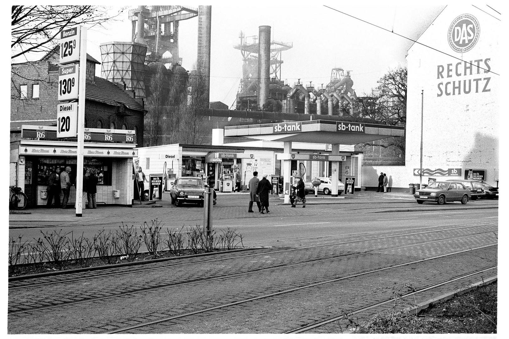 Straßenszene Duisburg Bruckhausen 1981