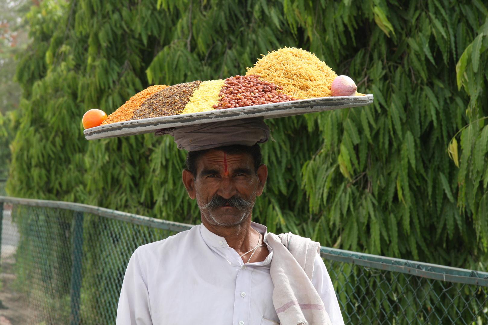 Strassenszene in Jaipur (Indien)