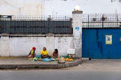 Straßenverkäuferinnen in Phnom Penh, Kambodscha