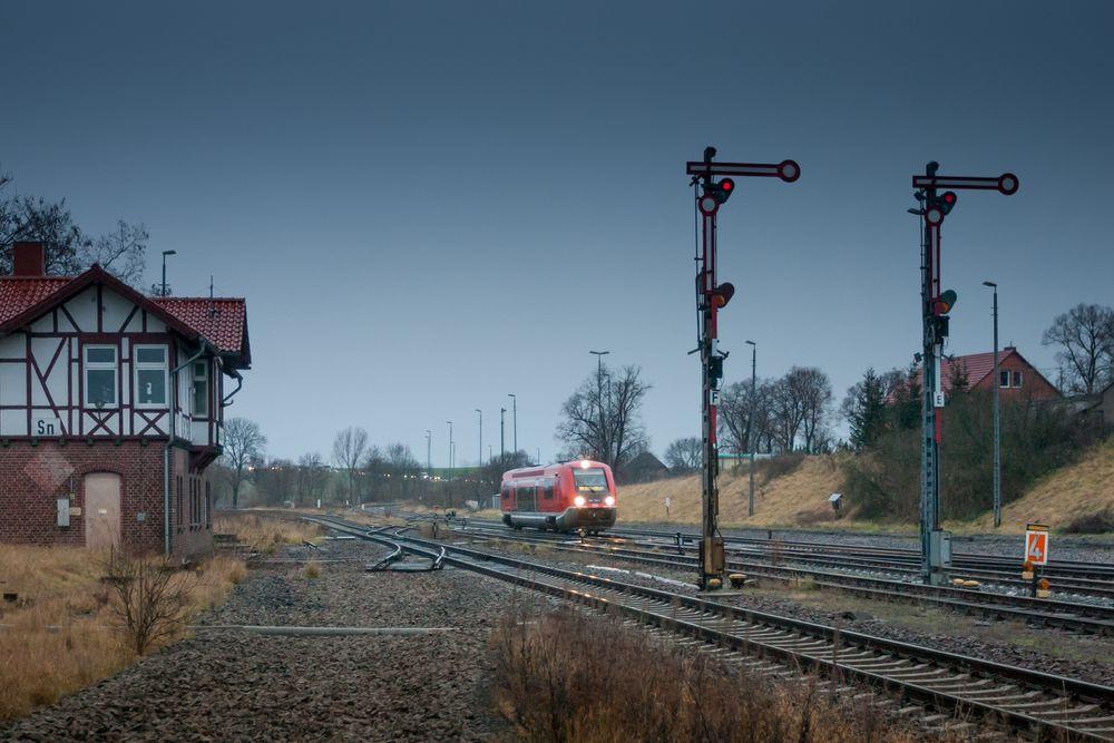 Straußfurt, Regionalbahnzug der Pfefferminzbahn
