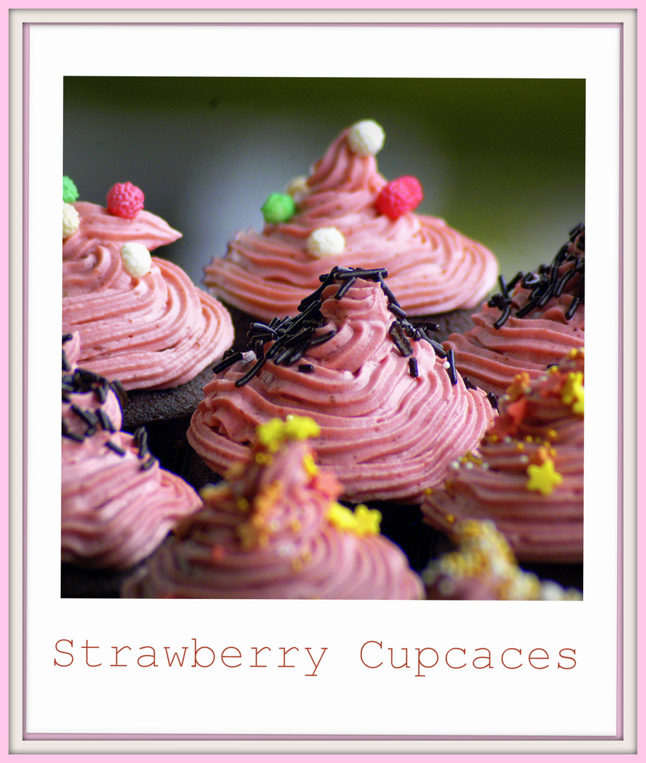 Strawberry Cupcaces