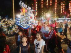 street 2girls chin Neujahr P20-20-col