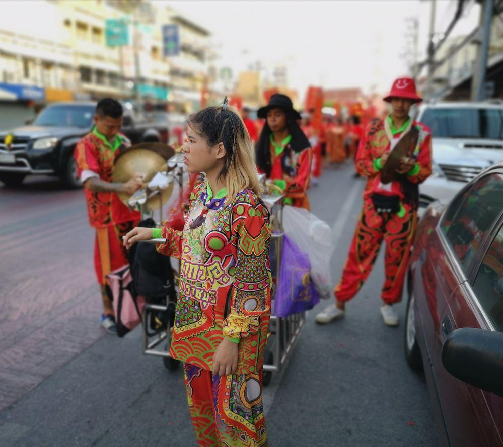 street chin Neujahr Frau P20-20-col Aktuell