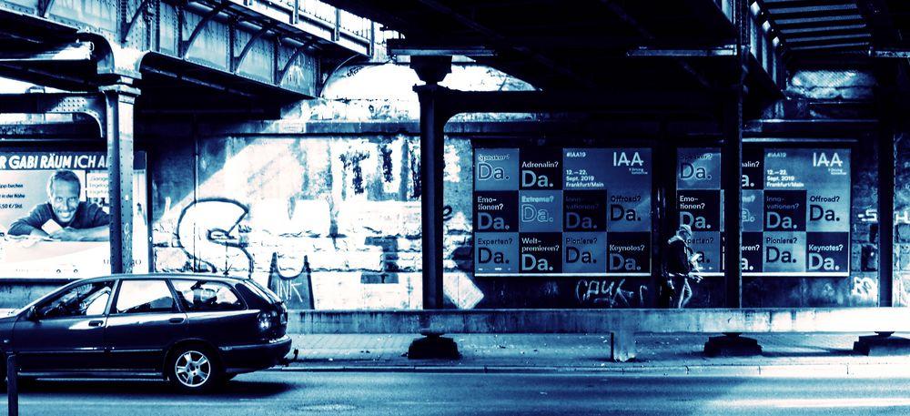 street DaDa IAA FrankfurtM lum-19-79fx +5Fotos