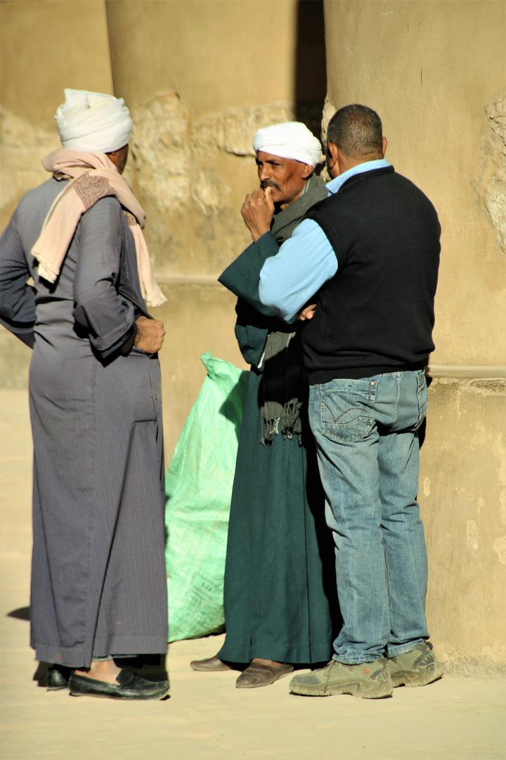 street drei Männer Luxor E-81col
