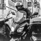 street einparken moto Paris lum-19-50sw