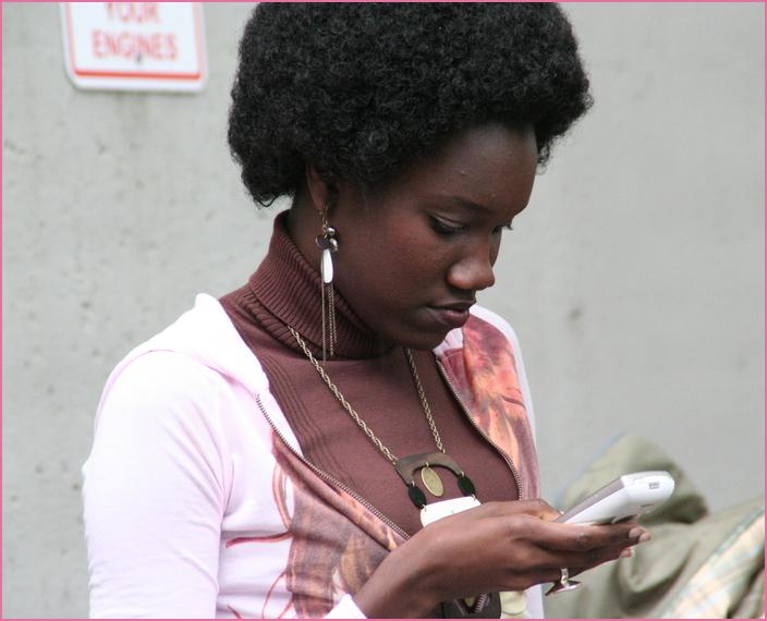street Frau auf Musikfestival