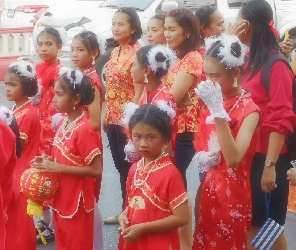 street girl chin Neujahrsfest Thai P20-20-col Aktuell