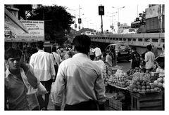 street life in mumbai 2