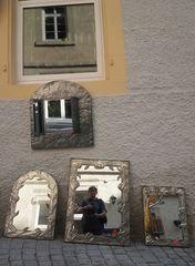street Selphi im Spiegel Tü J5-19col