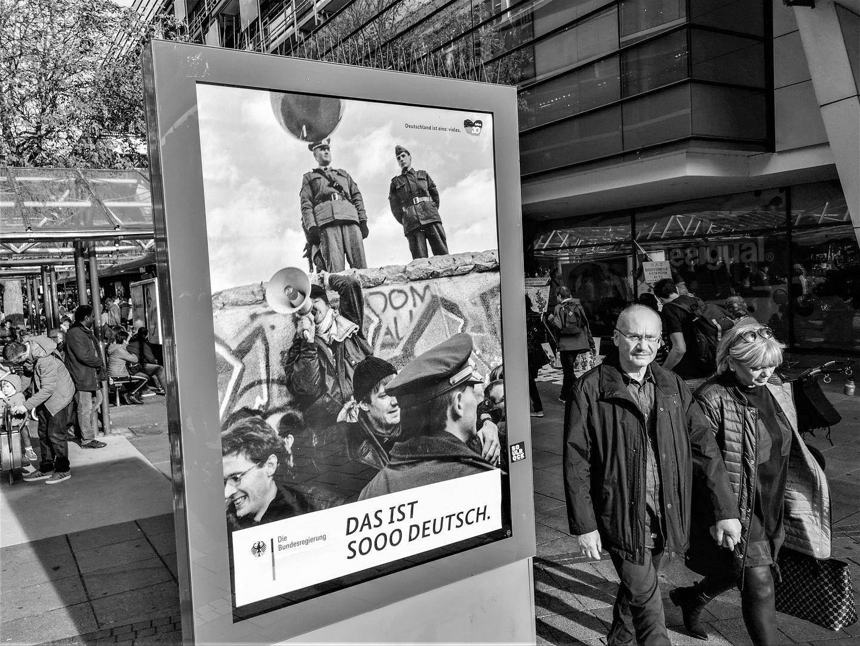street SOOOdeutsch P20-19-sw +9Fotos