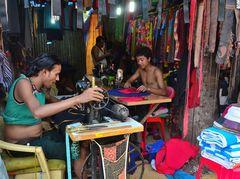 Street tailors.(Sarti di strada)