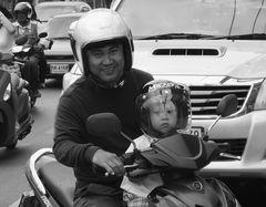 street Vater und Kind P20-20-swfi