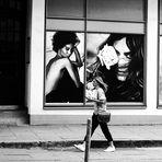 # strEET with four girls (FC-Startseitenfoto 02.09.20 fotocommunity.france #