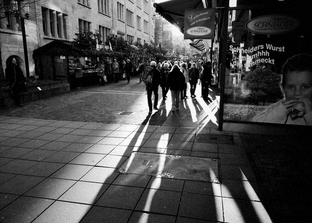 street WURST im Gegenlicht Stgt P20-19-swfr +6Fotos