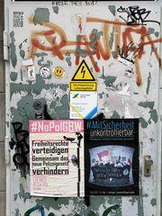 streetart HOCH um SPANNung p20-19-col