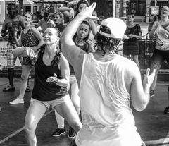 streetdance Stgt +6Fotos Lum-19-34sw Aktuell