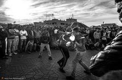 Streetfight in b/w
