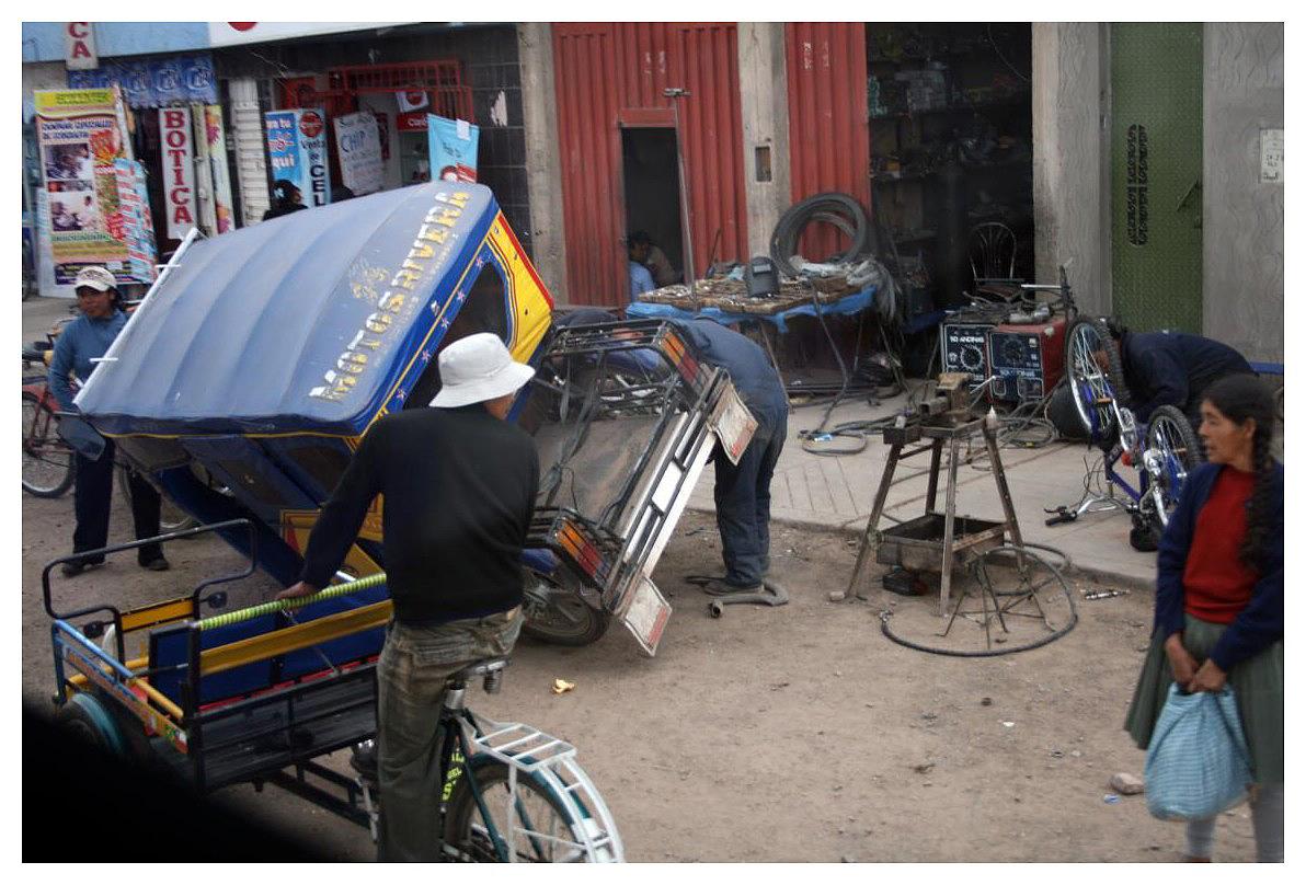 Streetlife in Peru