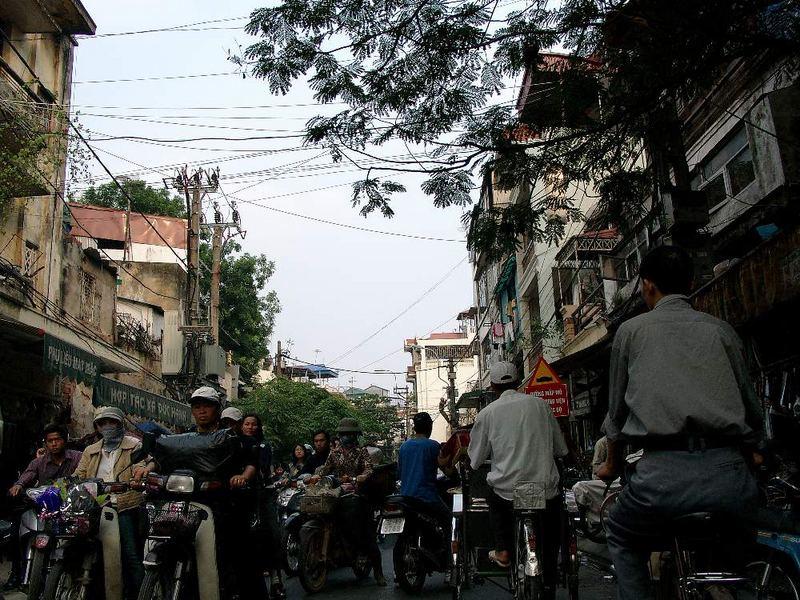 Streets of Hanoi (II)