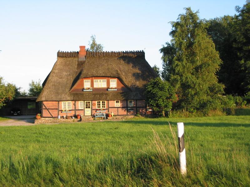 Strohdachhaus bei Kappeln S/H