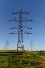 Stromleitung 4
