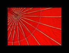 Strukturen in rot