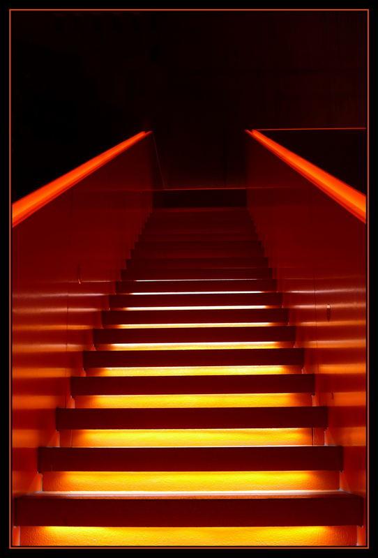 Stufen und Handlauf