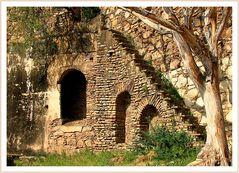 Stufen zum Taragarh Fort