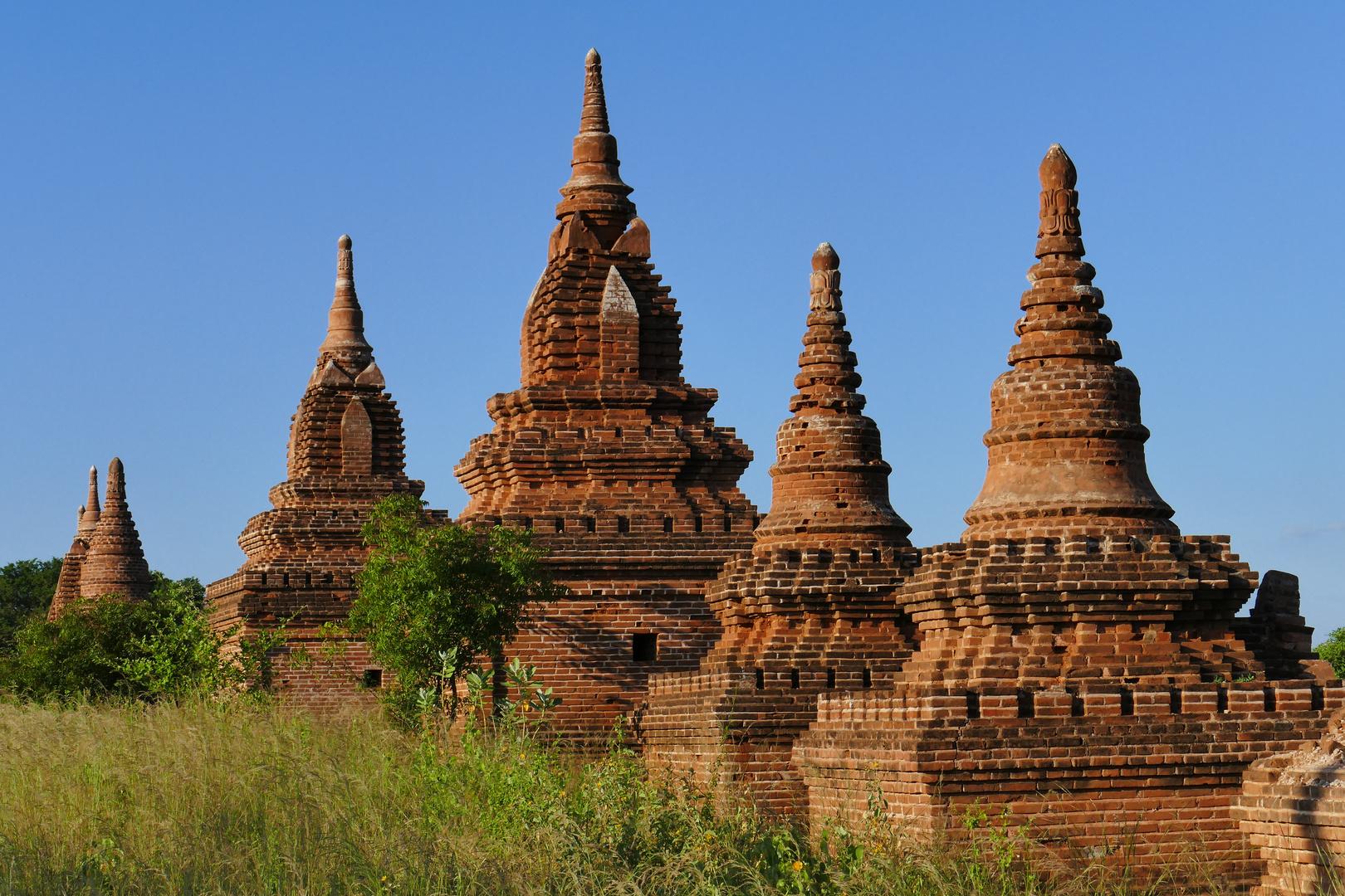 ...stumme Zeugen der Vergangenheit - Bagan Tempel...