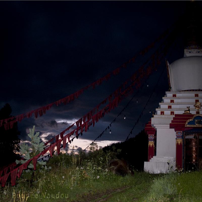 stupa nuit