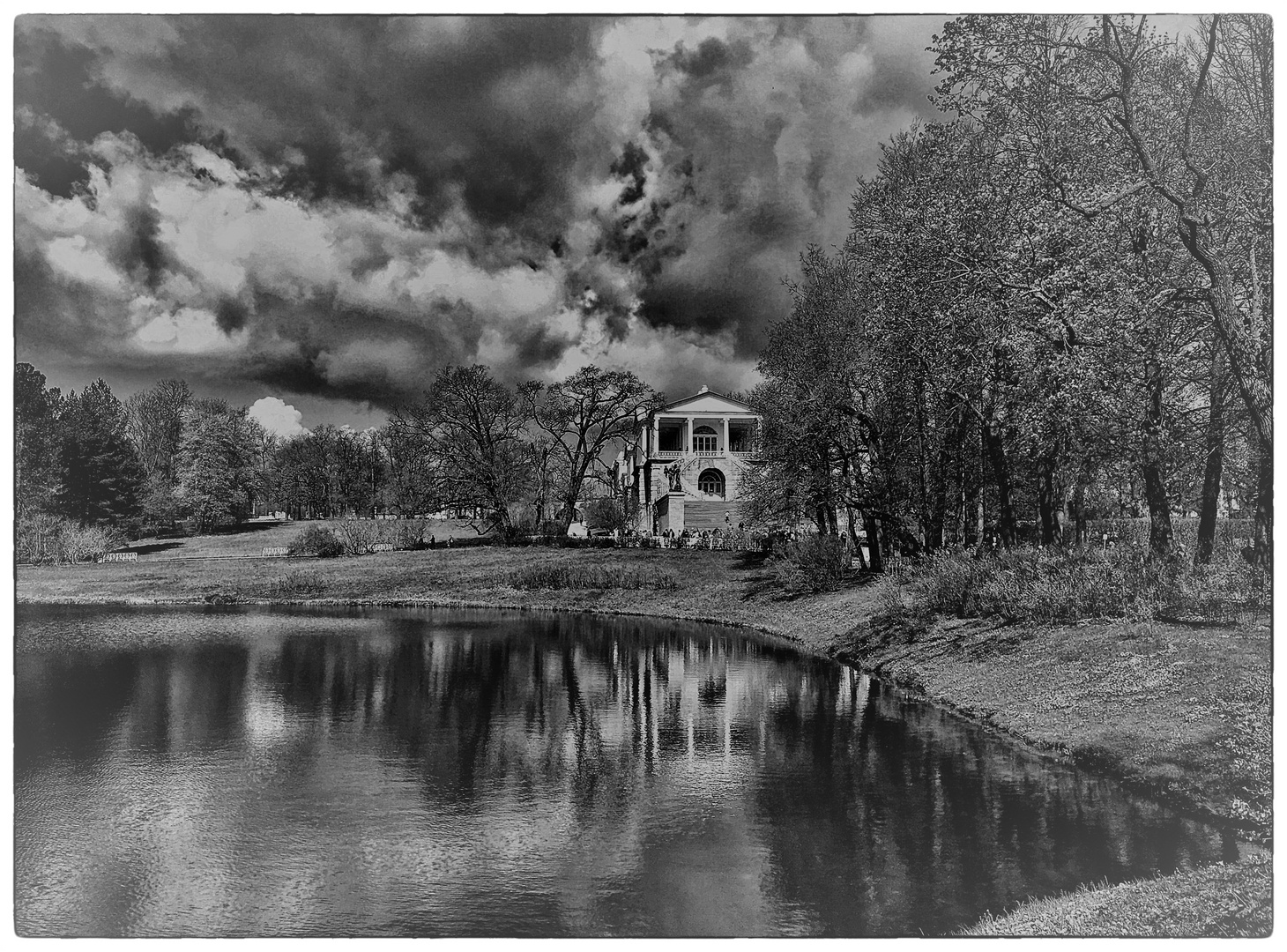 Sturm im Garten des Katharinenpalastes