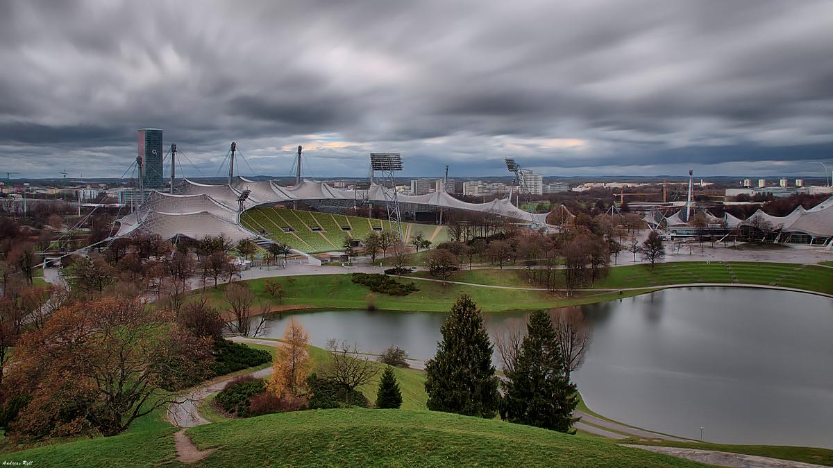 Sturm über dem Olympiapark München